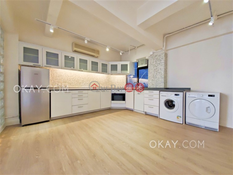 Win Hing House, Low, Residential | Rental Listings | HK$ 38,000/ month