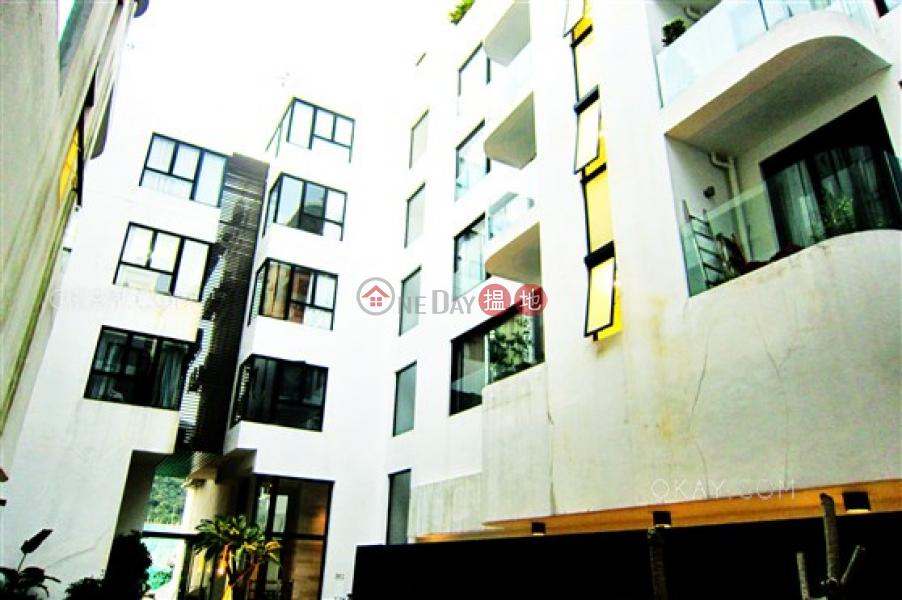 HK$ 65,000/ month Aqua 33 Western District | Rare 3 bedroom on high floor with rooftop & balcony | Rental