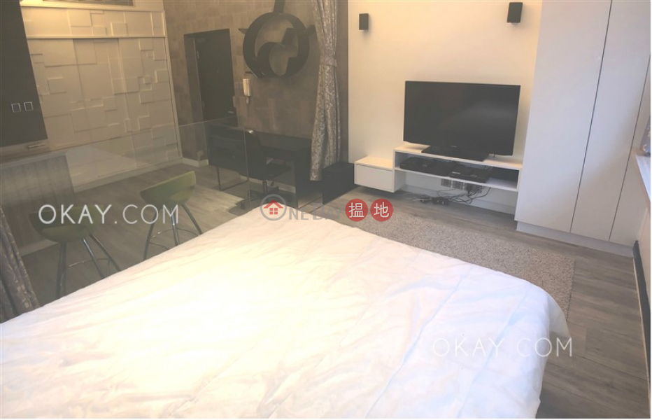 Nicely kept studio on high floor with rooftop   For Sale   St Louis Mansion 雨時大廈 Sales Listings