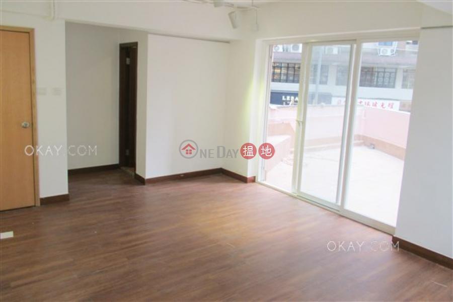 1房1廁,露台《新豐樓出租單位》52-60擺花街 | 中區香港出租|HK$ 25,800/ 月