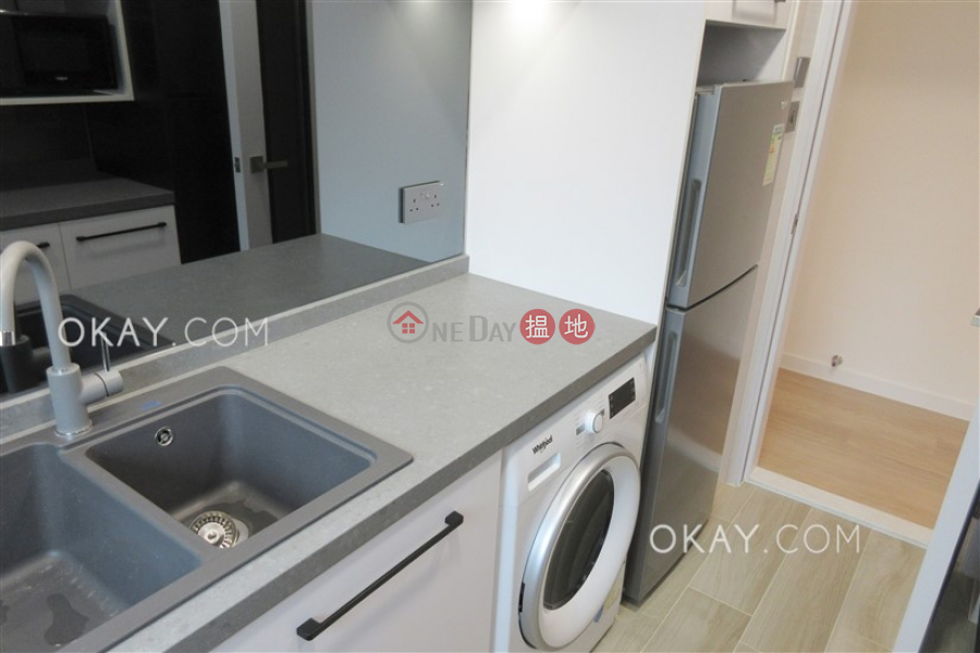 HK$ 42,000/ month Hillsborough Court | Central District | Rare 2 bedroom with parking | Rental