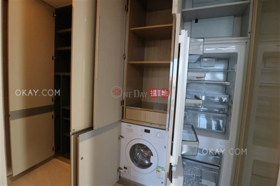 Lovely 1 bedroom with balcony | For Sale, King\'s Hill 眀徳山 Sales Listings | Western District (OKAY-S301723)