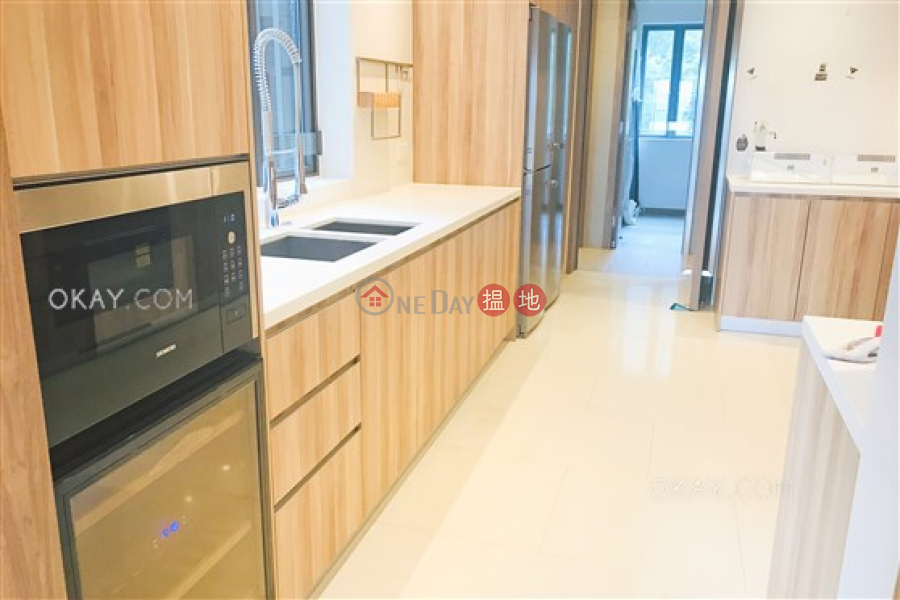 HK$ 130,000/ month | Branksome Grande Central District | Lovely 3 bedroom with balcony & parking | Rental