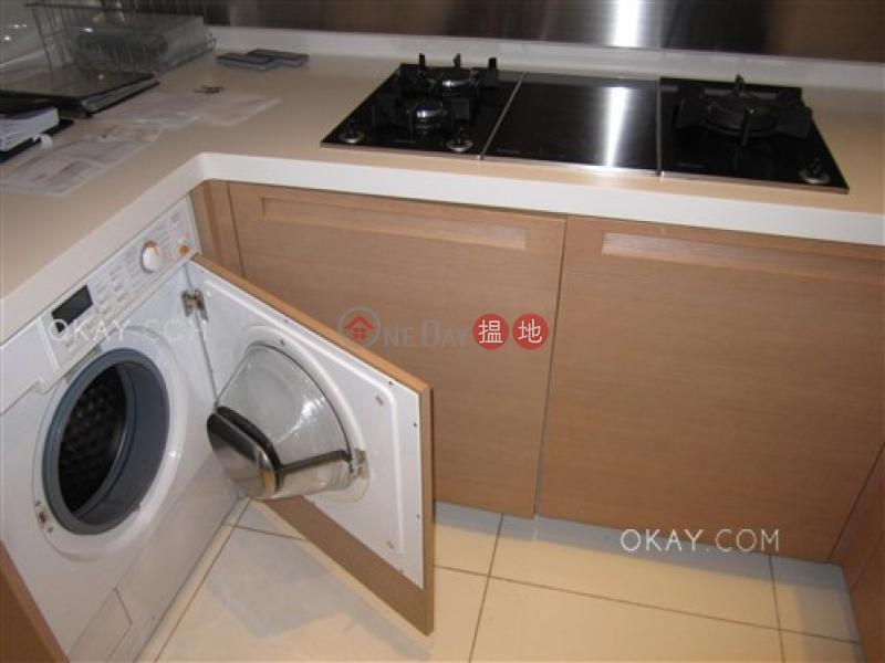 HK$ 3,300萬-羅便臣道31號西區-2房2廁,星級會所,可養寵物,連車位《羅便臣道31號出售單位》
