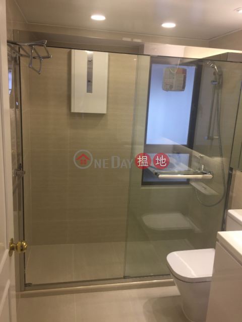 3 Bedroom Family Flat for Rent in Repulse Bay|Tower 1 Ruby Court(Tower 1 Ruby Court)Rental Listings (EVHK23554)_0