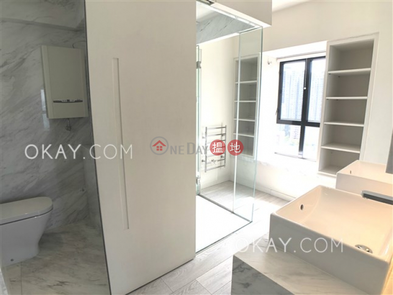 HK$ 34,000/ month | Yick Fung Garden Western District Stylish 1 bed on high floor with sea views & rooftop | Rental
