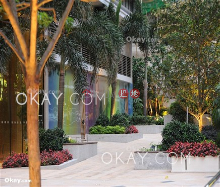 HK$ 35,000/ month, Island Crest Tower 1 Western District | Nicely kept 2 bed on high floor with sea views | Rental