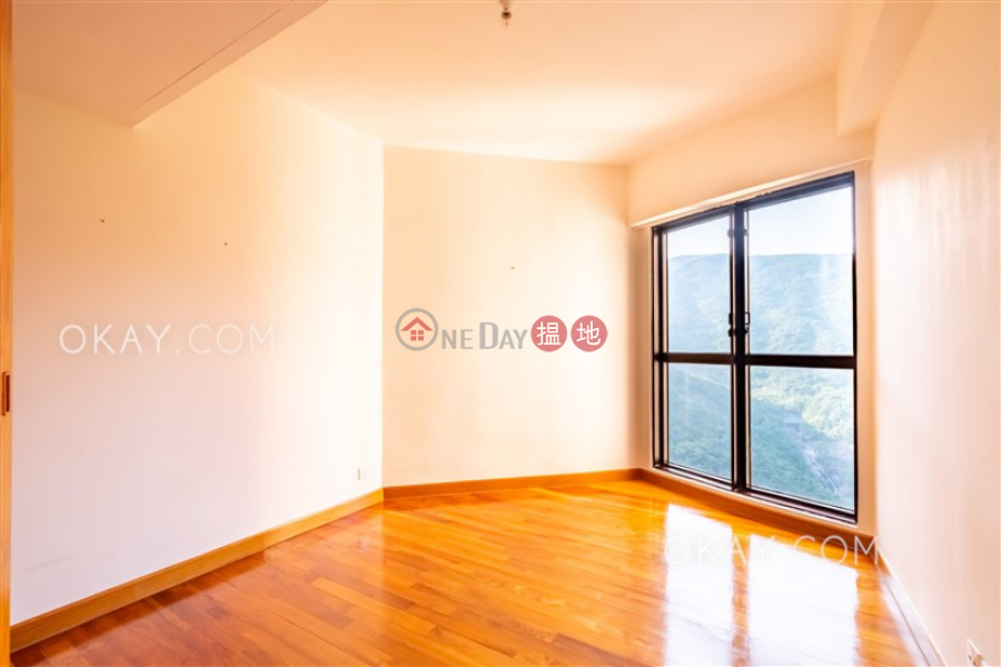 HK$ 89,500/ month Pacific View Southern District | Stylish 4 bed on high floor with sea views & balcony | Rental