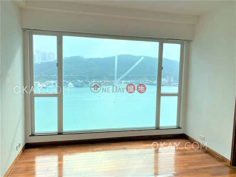 Luxurious 3 bedroom with balcony & parking | Rental 8 Po Fung Terrace | Tsuen Wan Hong Kong Rental | HK$ 33,800/ month