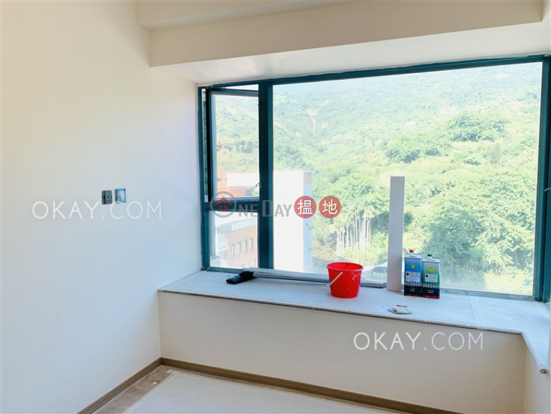 HK$ 15M | POKFULAM TERRACE | Western District | Nicely kept 1 bedroom with balcony | For Sale