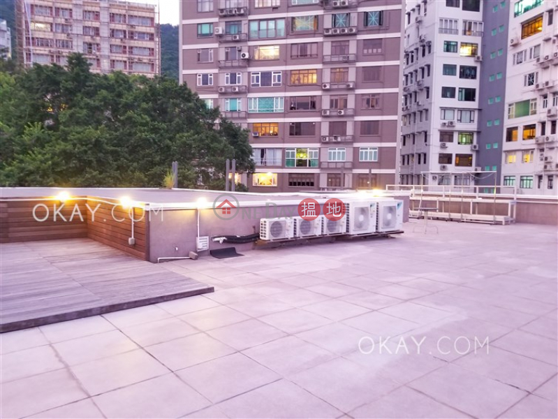 Lovely 4 bedroom on high floor with rooftop & balcony | Rental | LU GARDEN 愚園 Rental Listings