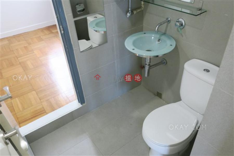 HK$ 54,000/ 月堅尼地道36-36A號 中區 3房2廁,極高層,連車位,露台《堅尼地道36-36A號出租單位》