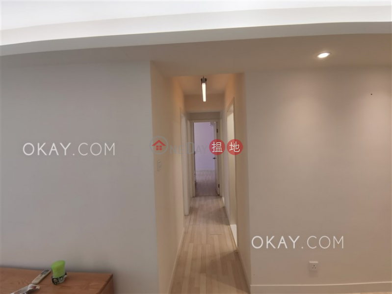 Lovely 3 bedroom in Mid-levels West | Rental | Blessings Garden 殷樺花園 Rental Listings