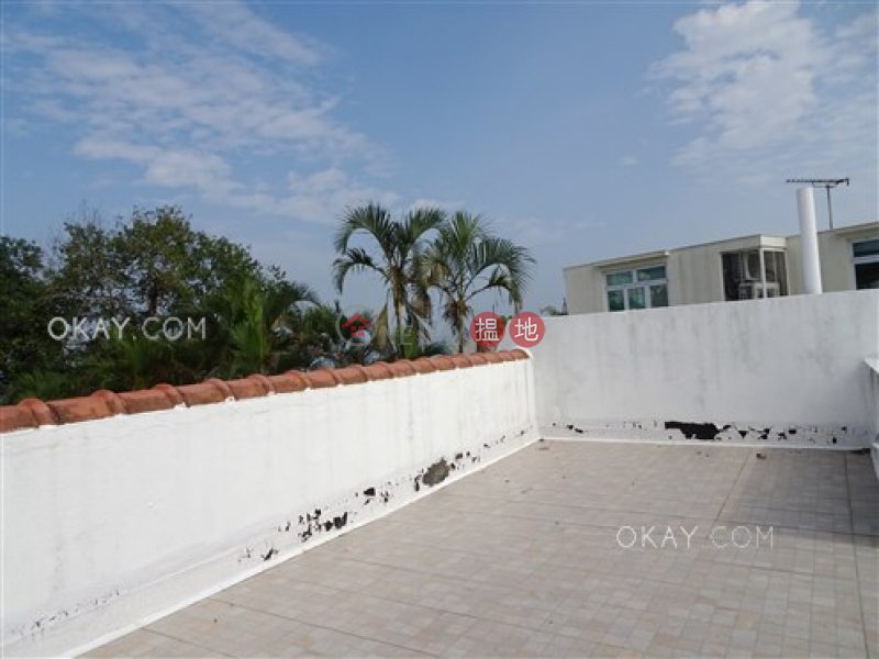 HK$ 30M, Sea Breeze Villa, Sai Kung Lovely house with terrace & parking | For Sale