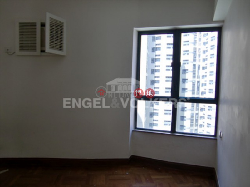 Property Search Hong Kong | OneDay | Residential | Rental Listings 2 Bedroom Flat for Rent in Central Mid Levels