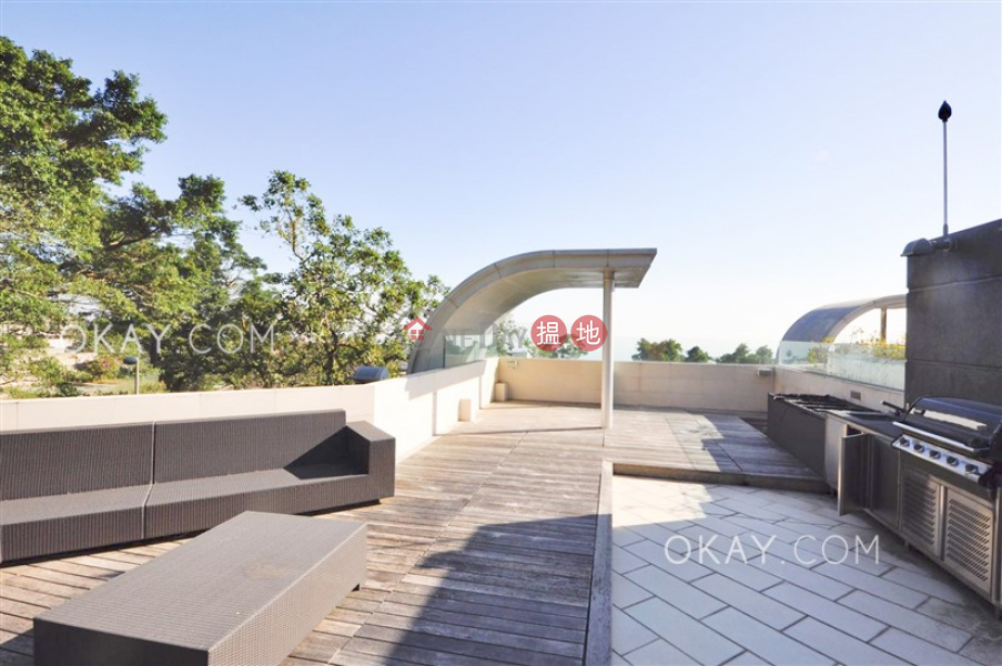 HK$ 268M Yue Hei Yuen | Central District | Lovely house with rooftop & parking | For Sale