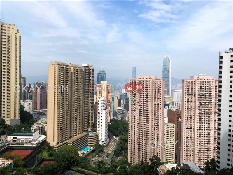 HK$ 145,000/ month, Branksome Grande, Central District, Gorgeous 3 bedroom with balcony & parking | Rental