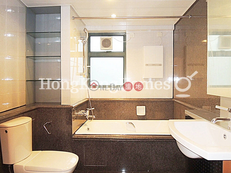 3 Bedroom Family Unit for Rent at 80 Robinson Road | 80 Robinson Road 羅便臣道80號 Rental Listings