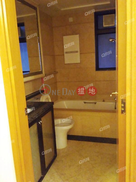 Property Search Hong Kong | OneDay | Residential Rental Listings | The Arch Star Tower (Tower 2) | 1 bedroom Low Floor Flat for Rent