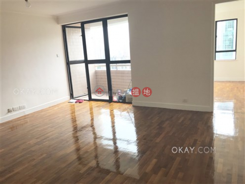 HK$ 34,000/ month   Greencliff   Wan Chai District, Elegant 2 bedroom with racecourse views & balcony   Rental