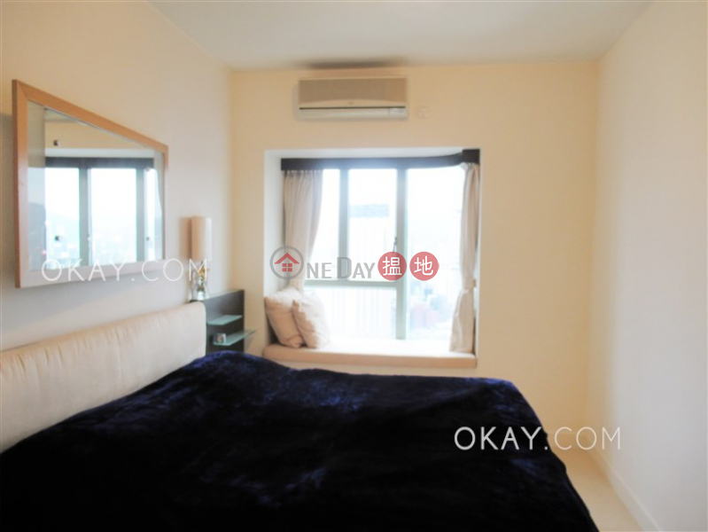 HK$ 52,000/ month Tower 2 The Victoria Towers | Yau Tsim Mong, Charming 3 bed on high floor with sea views & balcony | Rental