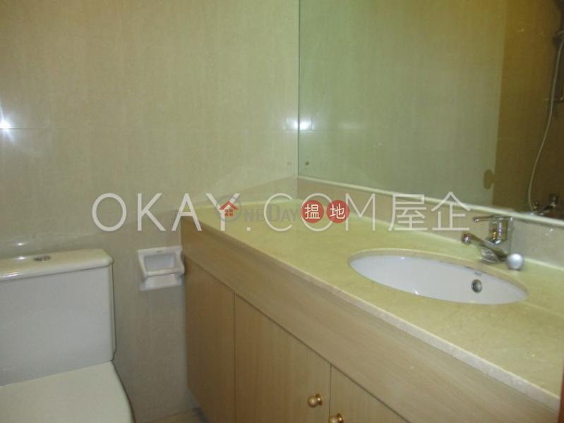 2房1廁,連車位龍華花園出租單位|龍華花園(Ronsdale Garden)出租樓盤 (OKAY-R86282)