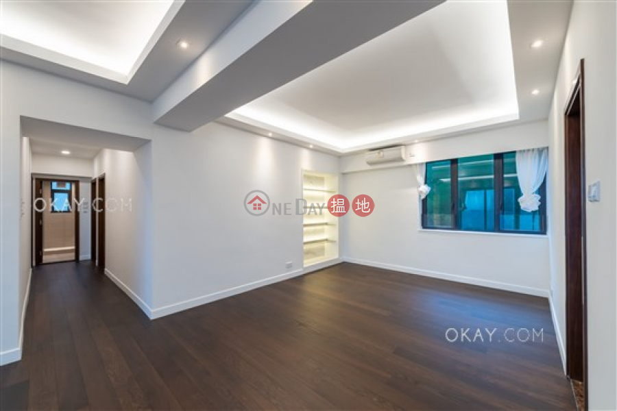 HK$ 128,000/ month Magazine Gap Towers Central District, Stylish 3 bedroom with harbour views, balcony | Rental
