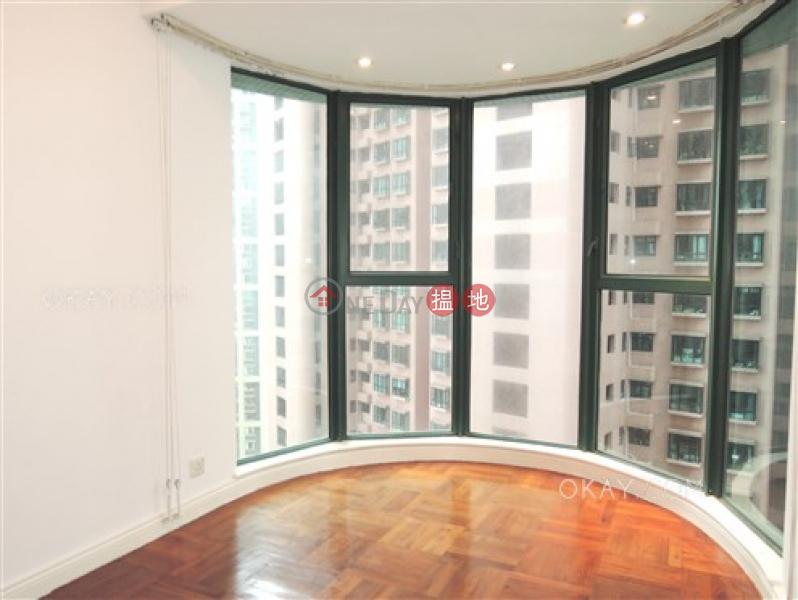 2房1廁,星級會所,可養寵物《曉峰閣出租單位》-18舊山頂道 | 中區香港-出租|HK$ 31,000/ 月