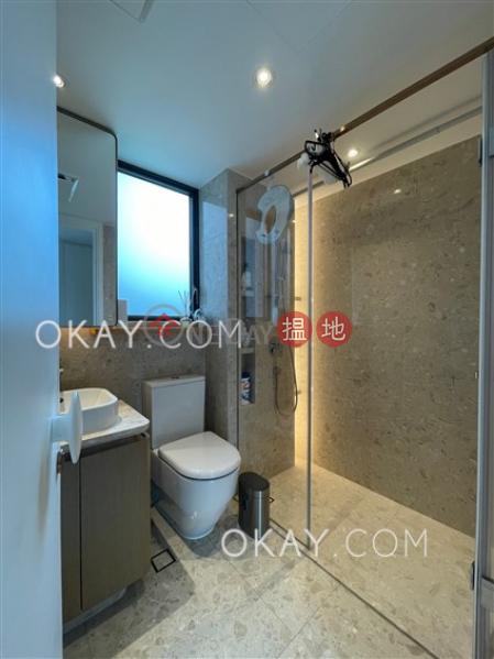 香港搵樓 租樓 二手盤 買樓  搵地   住宅出售樓盤4房2廁,星級會所,連車位,露台新翠花園 5座出售單位