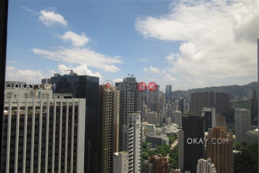 HK$ 88,000/ month, Amber Garden, Wan Chai District, Beautiful 3 bed on high floor with balcony & parking | Rental