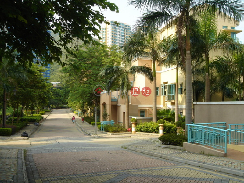 Siena Two | 3 Bedroom Family House / Villa for Sale | Siena Two 海澄湖畔二段 Sales Listings