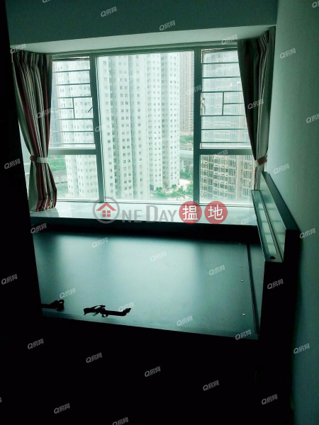 Marbella | 2 bedroom Mid Floor Flat for Sale | Marbella 迎濤灣 Sales Listings