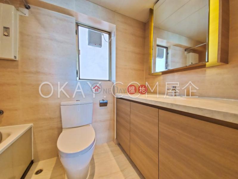 3房2廁,極高層,星級會所,連車位香港黃金海岸 21座出租單位 1青山公路青山灣   屯門-香港 出租HK$ 36,800/ 月