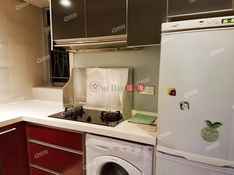 Property Search Hong Kong | OneDay | Residential | Rental Listings | Tower 2 Grand Promenade | 2 bedroom Mid Floor Flat for Rent