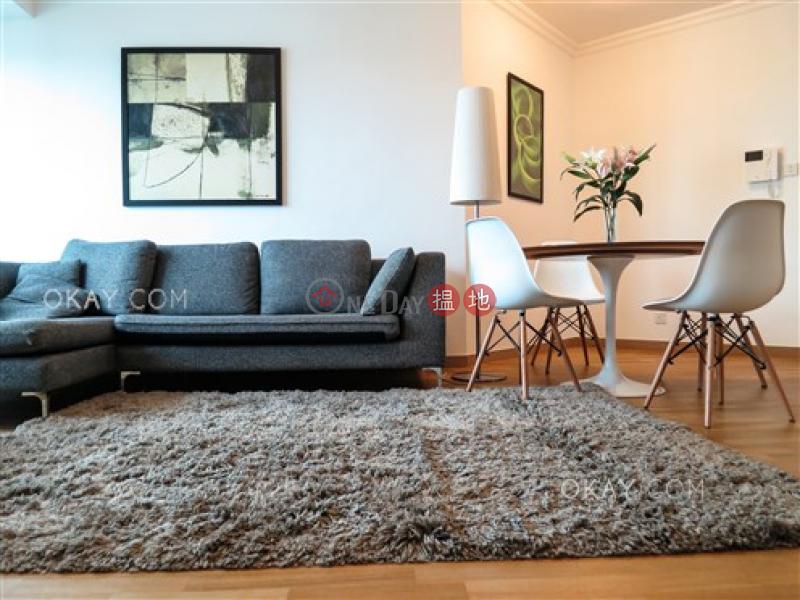 Stylish 3 bedroom on high floor with parking   Rental   80 Robinson Road 羅便臣道80號 Rental Listings