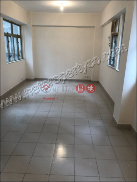 Apartment for Sale and Rent, 8-12 Upper Lascar Row 摩羅上街8-12號 Sales Listings | Western District (A057196)