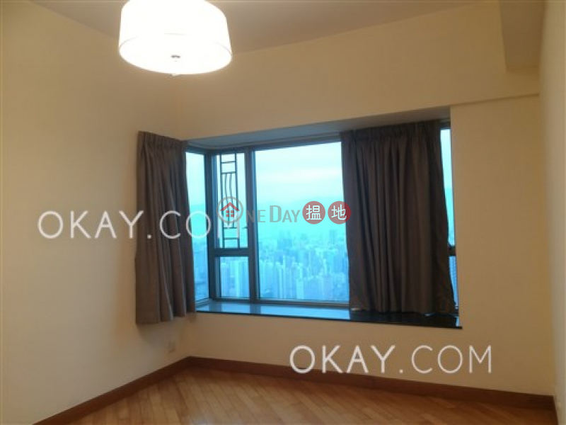 HK$ 35M Sorrento Phase 2 Block 1, Yau Tsim Mong, Exquisite 3 bedroom on high floor | For Sale