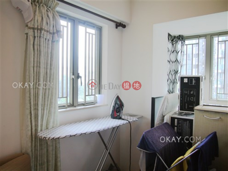 Luxurious 2 bedroom with balcony | For Sale | The Zenith Phase 1, Block 1 尚翹峰1期1座 Sales Listings