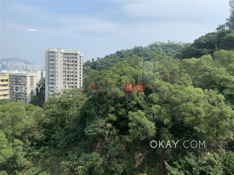 Efficient 3 bedroom with balcony & parking | For Sale | Braemar Hill Mansions 賽西湖大廈 Sales Listings