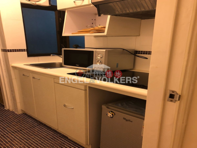 1 Bed Flat for Sale in Mid Levels West, Rich Court 怡富閣 Sales Listings   Western District (EVHK93375)