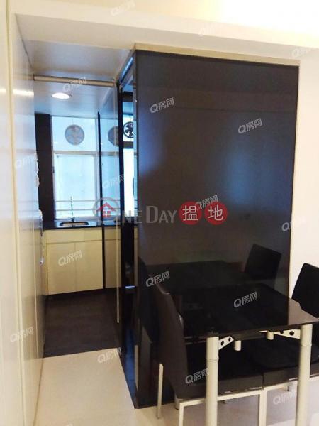 Ryan Mansion   Mid Floor Flat for Rent 31-37 Mosque Street   Western District, Hong Kong, Rental HK$ 16,500/ month