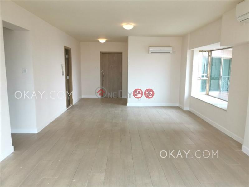 HK$ 30,700/ month | Hong Kong Gold Coast Block 21 Tuen Mun Charming 3 bedroom with sea views, balcony | Rental