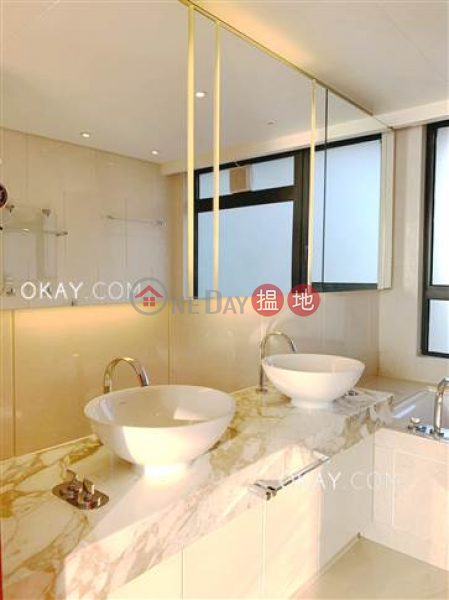 Stylish 3 bedroom with balcony & parking | Rental | Phase 6 Residence Bel-Air 貝沙灣6期 Rental Listings