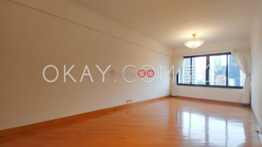 Efficient 2 bedroom with parking | For Sale | Block B Grandview Tower 慧景臺 B座 Sales Listings