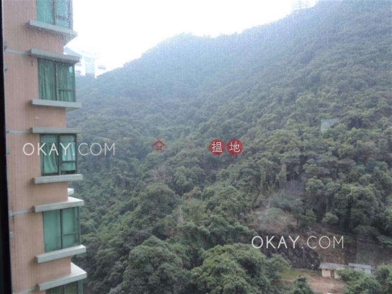 Nicely kept 2 bedroom in Mid-levels Central | Rental | Hillsborough Court 曉峰閣 Rental Listings