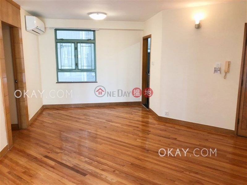 HK$ 36,000/ month Goldwin Heights, Western District   Unique 3 bedroom in Mid-levels West   Rental