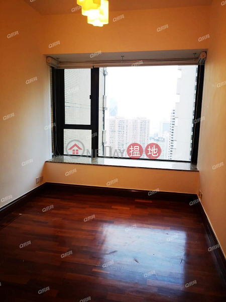 Property Search Hong Kong | OneDay | Residential | Rental Listings Tavistock II | 3 bedroom Mid Floor Flat for Rent