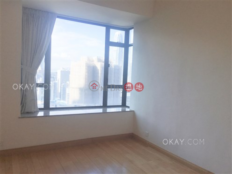Exquisite 3 bedroom with balcony & parking | For Sale | Fairlane Tower 寶雲山莊 Sales Listings