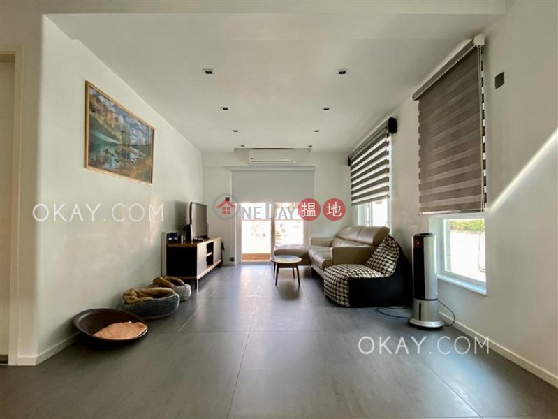 Charming house on high floor with rooftop & balcony   Rental   Mok Tse Che Village 莫遮輋村 Rental Listings