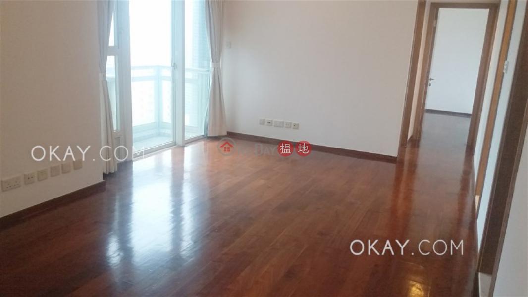 3房2廁,極高層,星級會所,露台聚賢居出租單位|聚賢居(Centrestage)出租樓盤 (OKAY-R573)